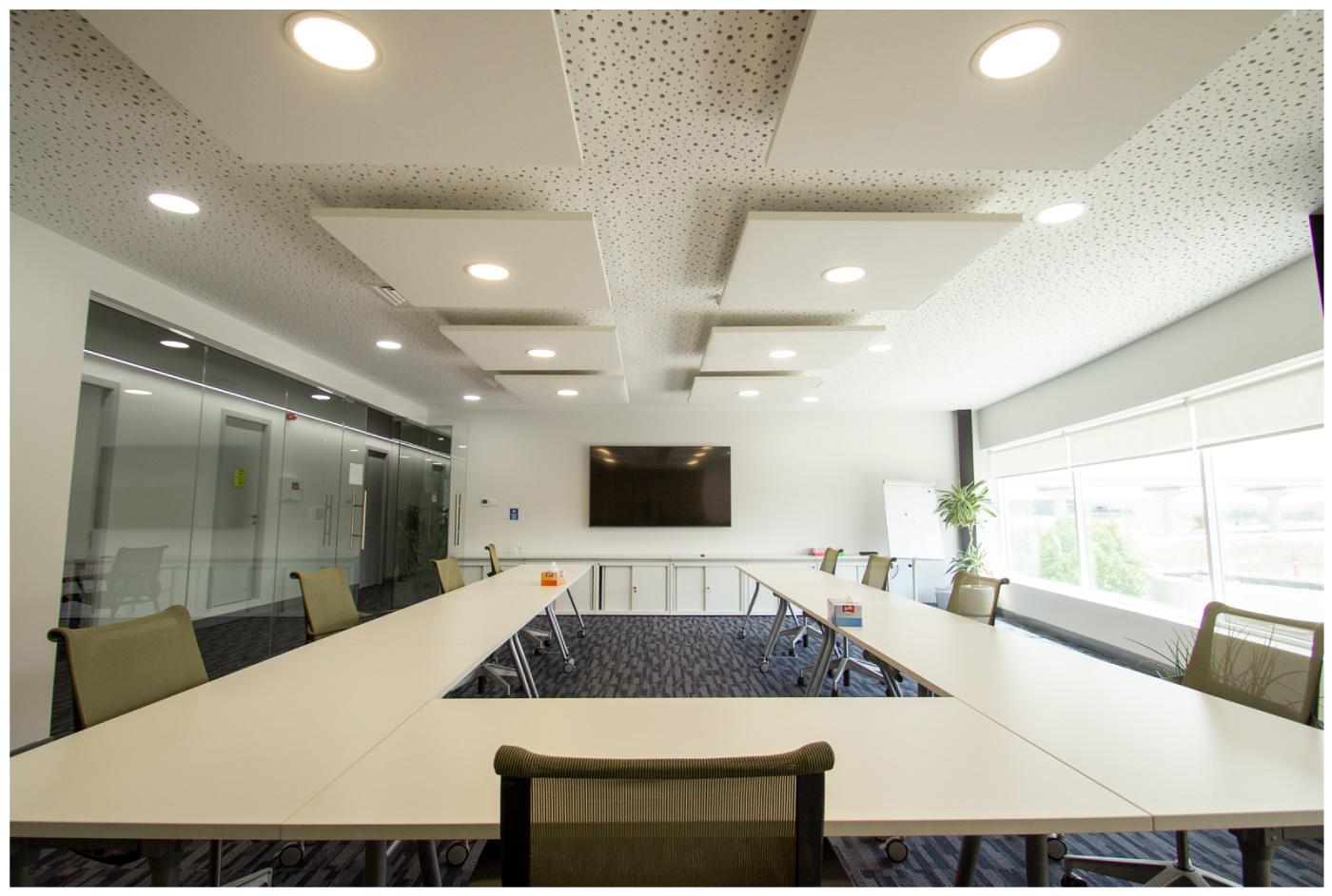 Meeting room at Saint-Gobain UAE office