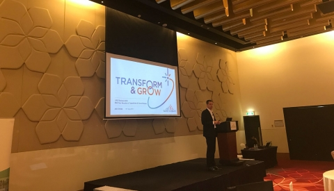 presentation-saint-gobain-ceo-paul-button-transform-and-grow-workshops